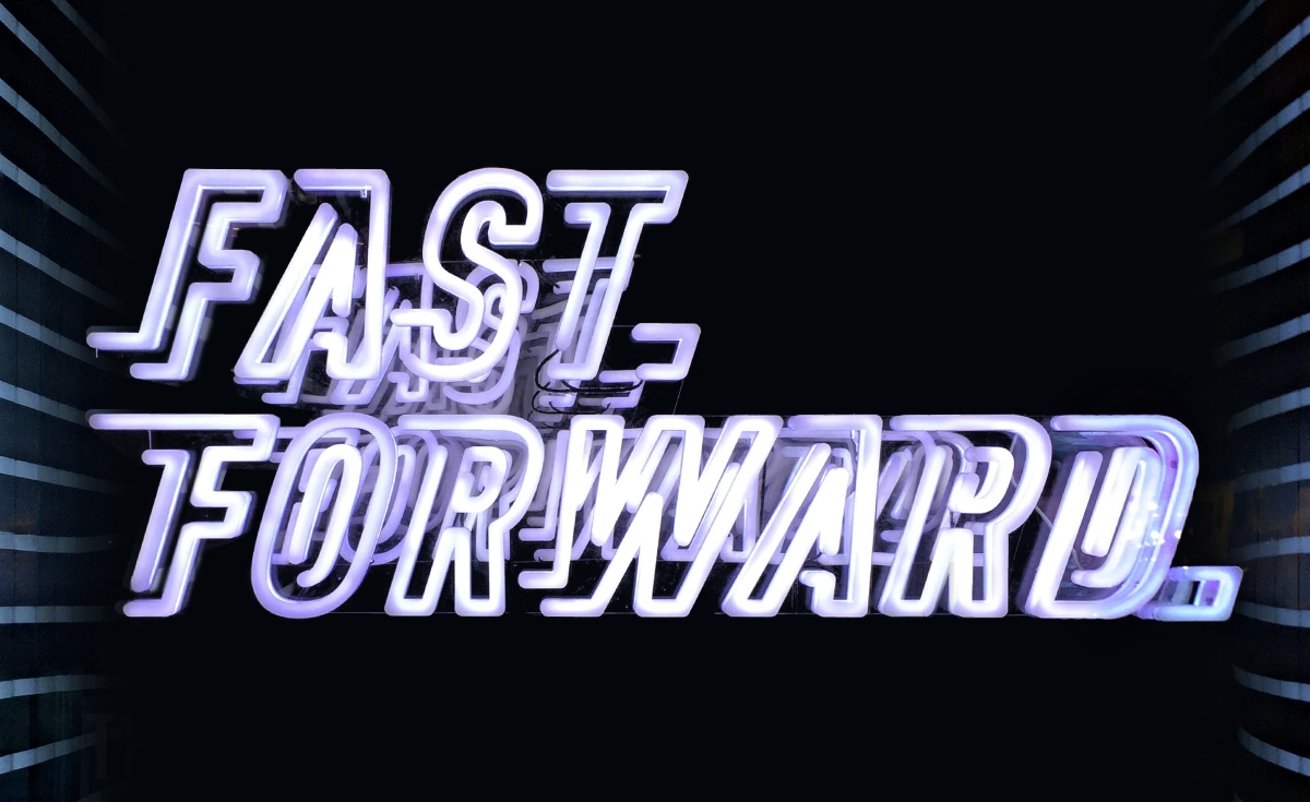 nike fast forward sign type
